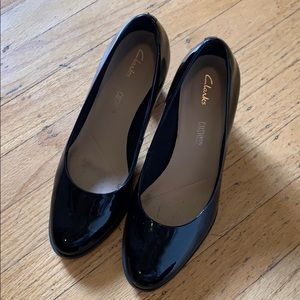 Clarks patent leather heels